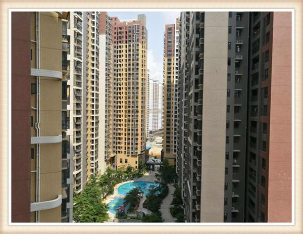 深圳光明新区10栋大型村委统建楼融域名城