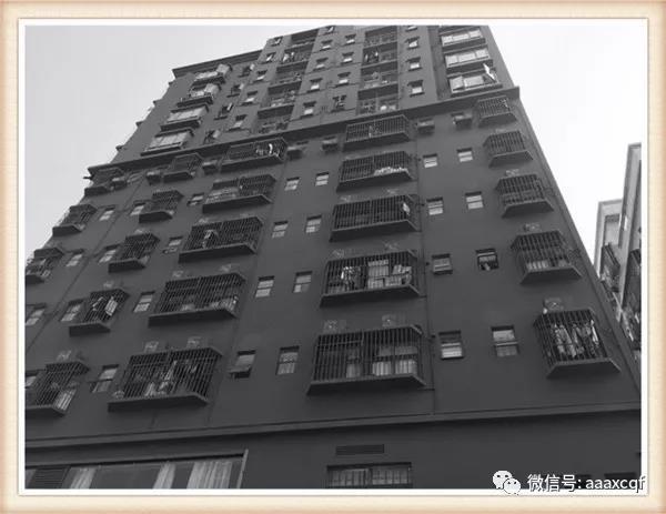 深圳西乡小产权房地铁1号线固戍地铁口100米